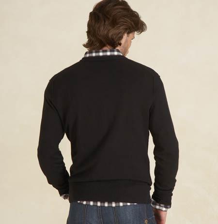 American Eagle/アメリカンイーグルの姉妹ブランド「Martin + Osa/マーティン+オサ」新作Vネックセーター